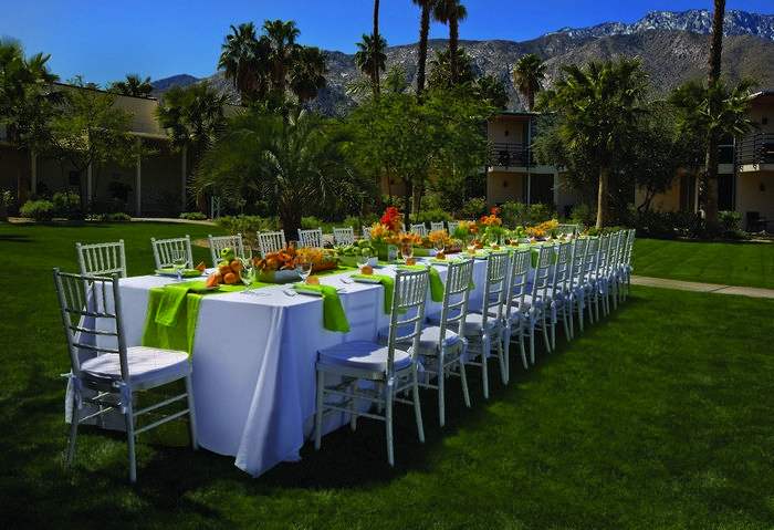 Palm Springs Intimate Wedding Venues The Riviera Palm Springs Intimate Wedding Venues California Wedding Venues Wedding Venues