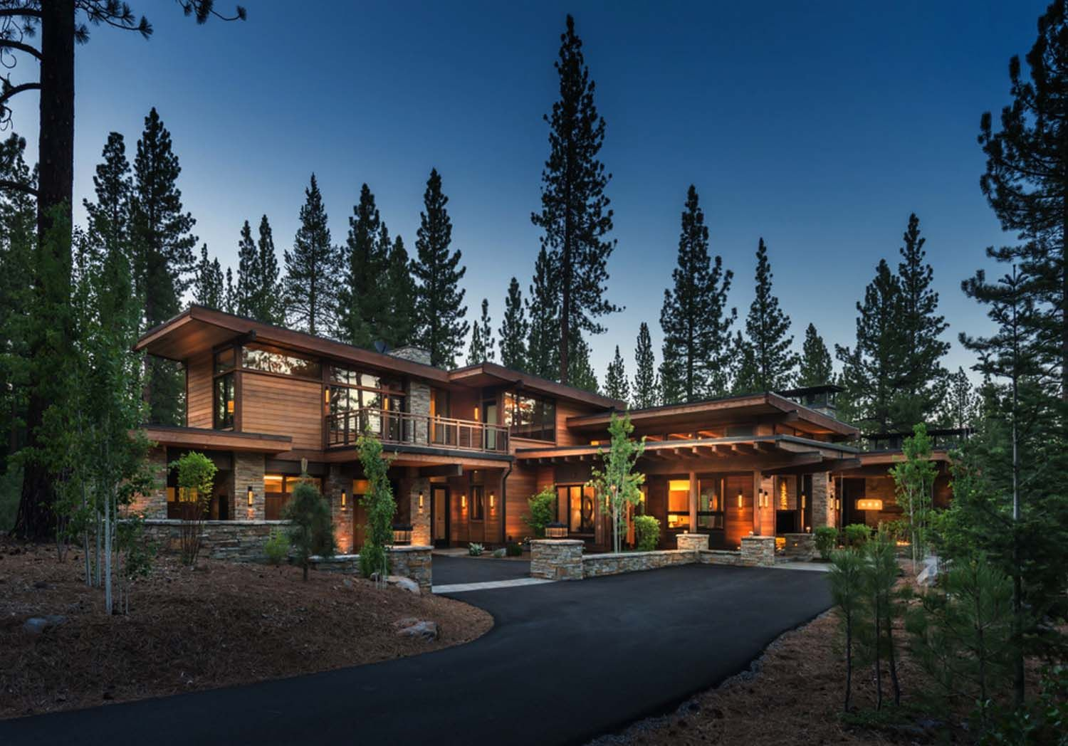 Mountain modern home in Martis Camp with indoor-outdoor ...