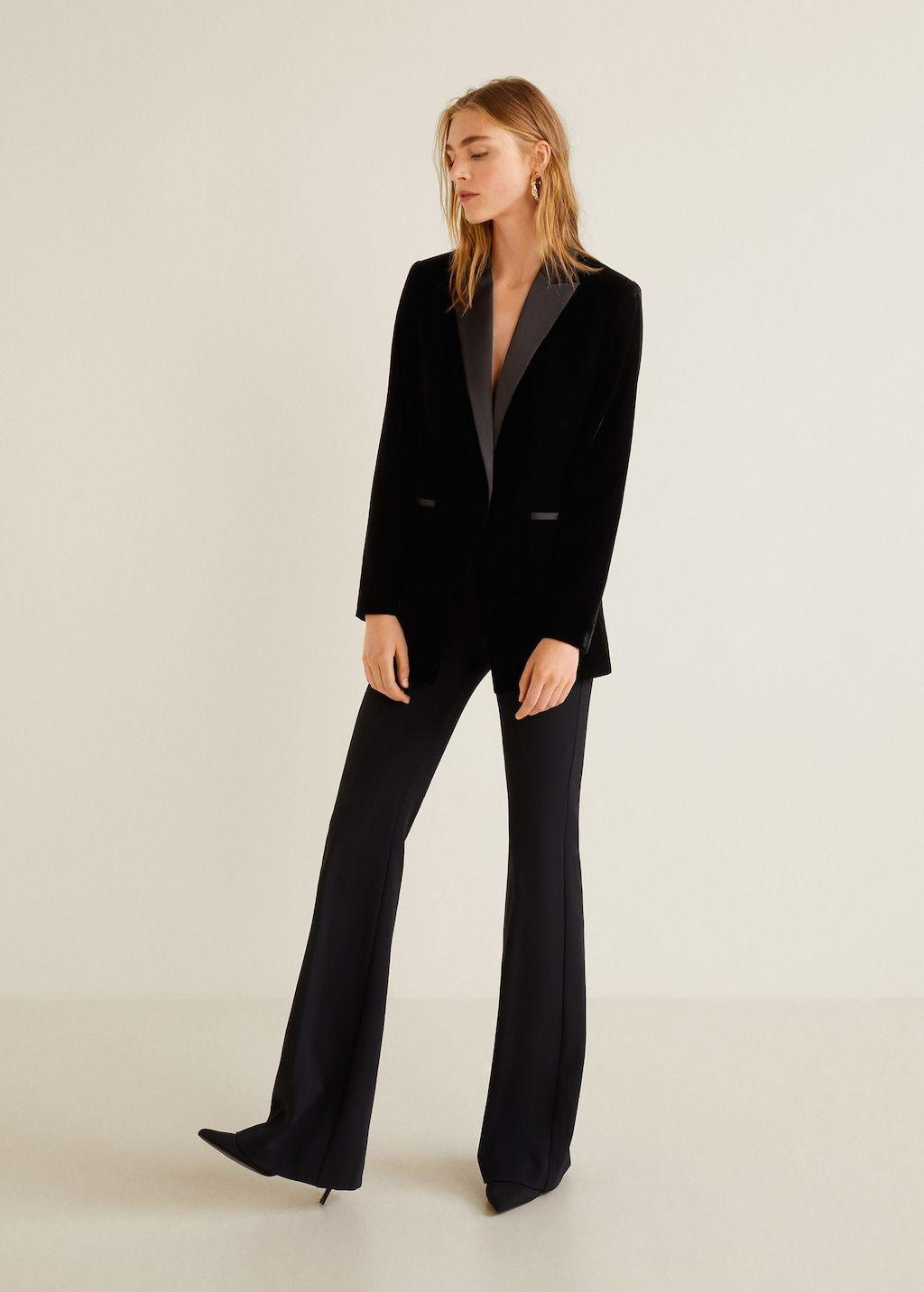 The Ubiquitous Black Interview Suit Stylish Women Fashion Sweat Clothes Suits For Women [ 1125 x 750 Pixel ]