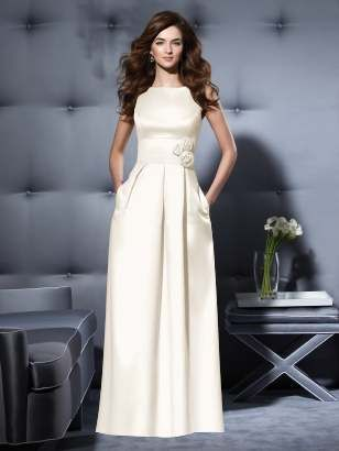 Who Needs A Frilly Wedding Dress With Bridesmaid Dresses Like This