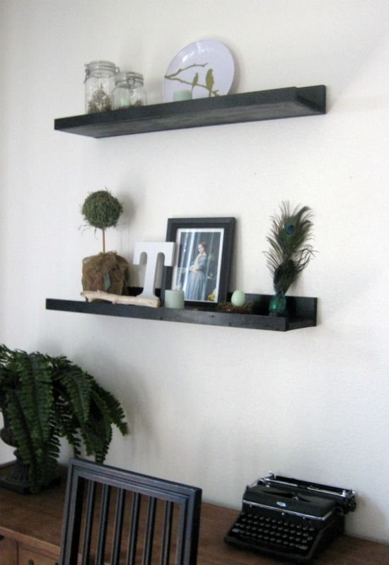 Free Woodworking Plans to Build a PotteryBarn Inspired Floating Display  Shelf - www.thedesignconfidential.