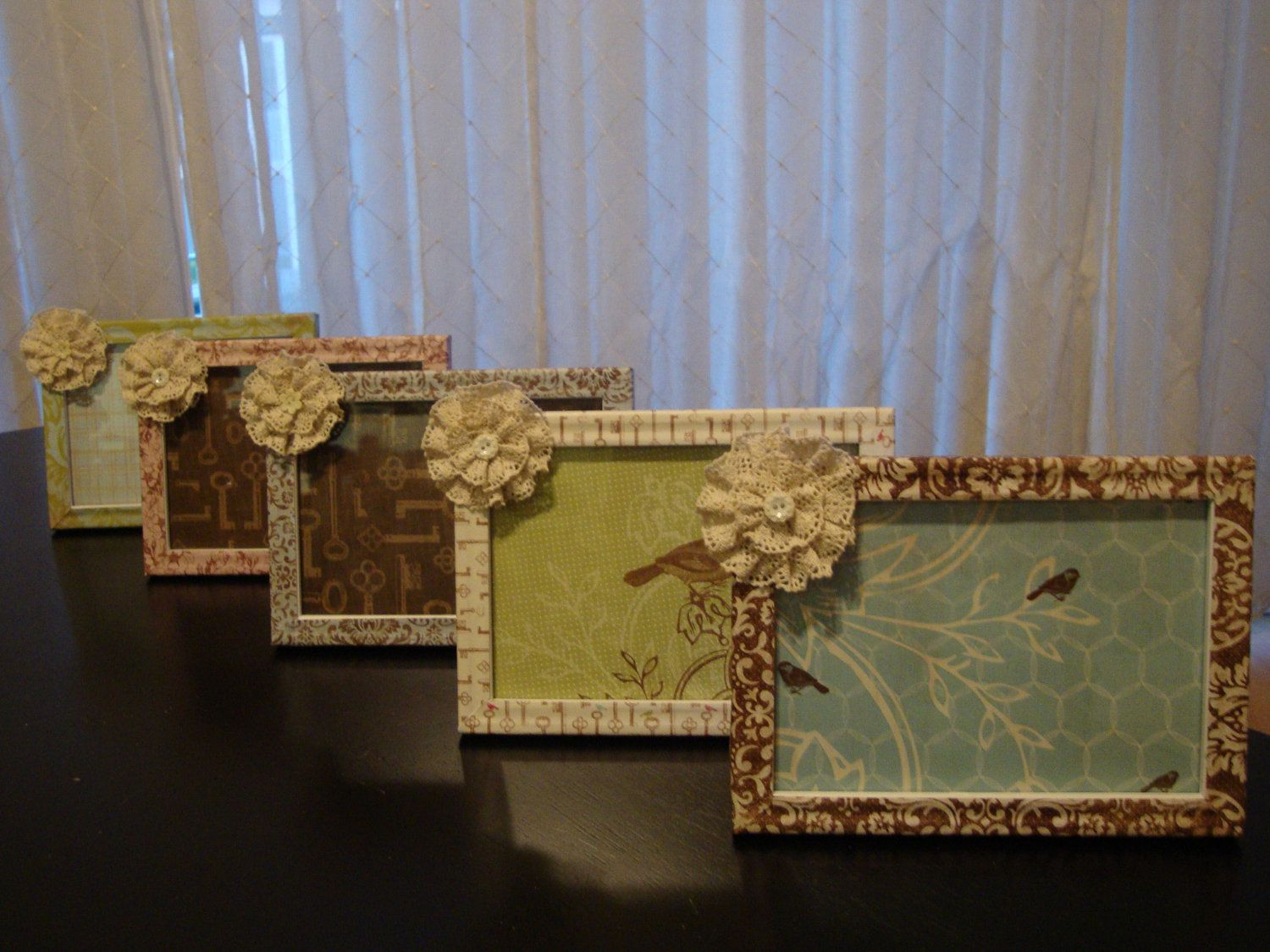 Love, love, love these! Shabby Chic Picture Frames 4x6 and 5x7 with ...