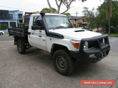 2013 Toyota Landcruiser VDJ79R MY12 Update Workmate (4x4) White Manual 5sp M #toyota #landcruiser #forsale #australia