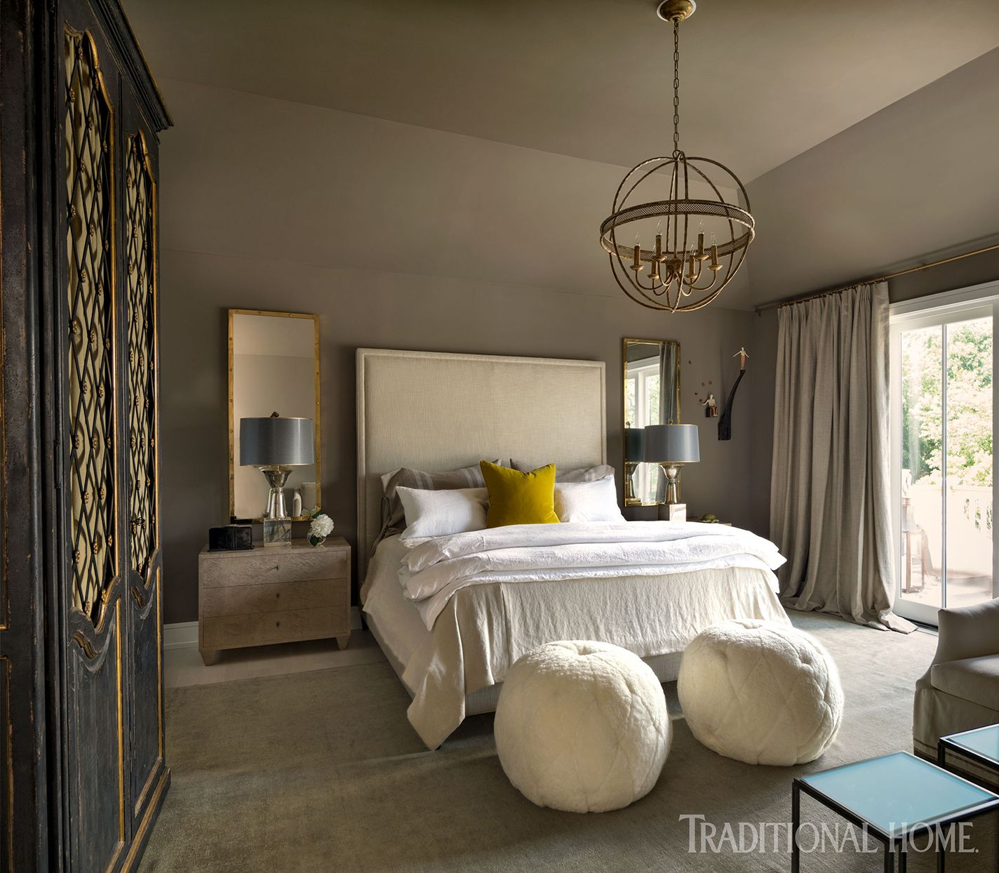 This Hamptons Showhouse Offers Beachy Design Inspiration In Every Room Luxurious Bedrooms Guest Bedrooms Lexington Home Napa chictransitional master bedroom