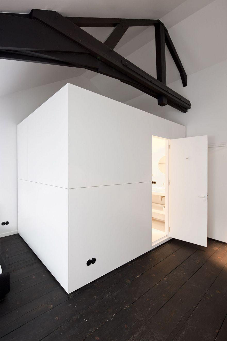 Studio Niels™: LoftBox - RONDE ZWARTE STEKKERS GELIJKVLOER LOFT