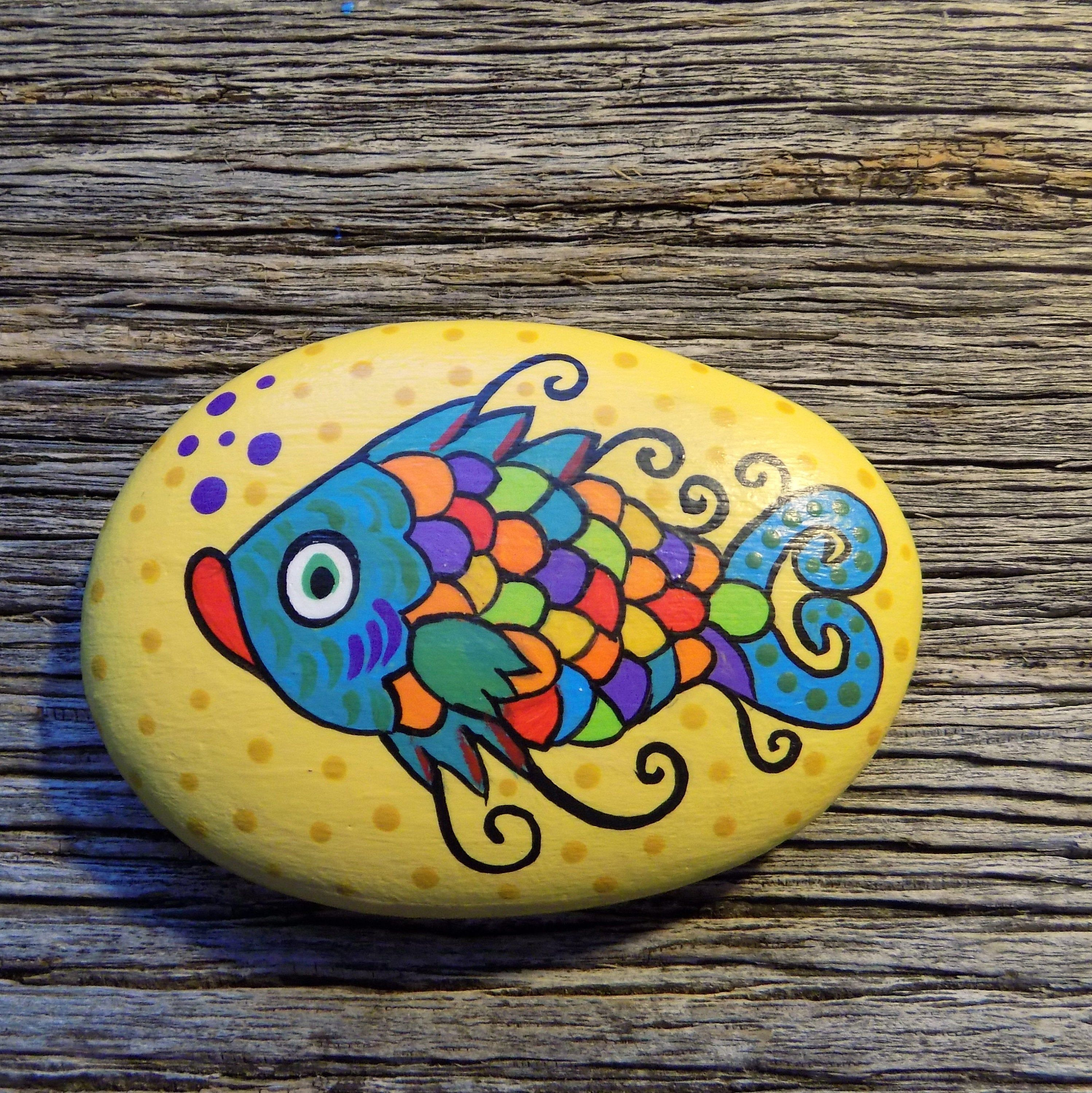 Whimsical Fish Painted Rockdecorative Accent Stone Etsy Rock Painting Designs Painted Rocks Rock Painting Art
