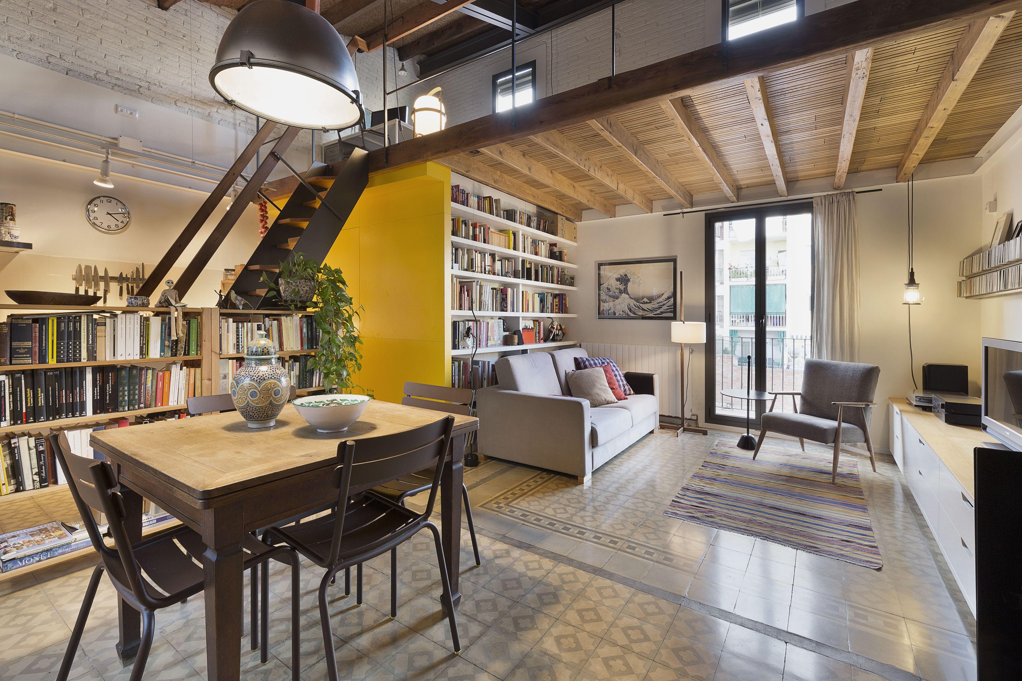 Tour a renovated modern attic apartment in barcelona mezzanine