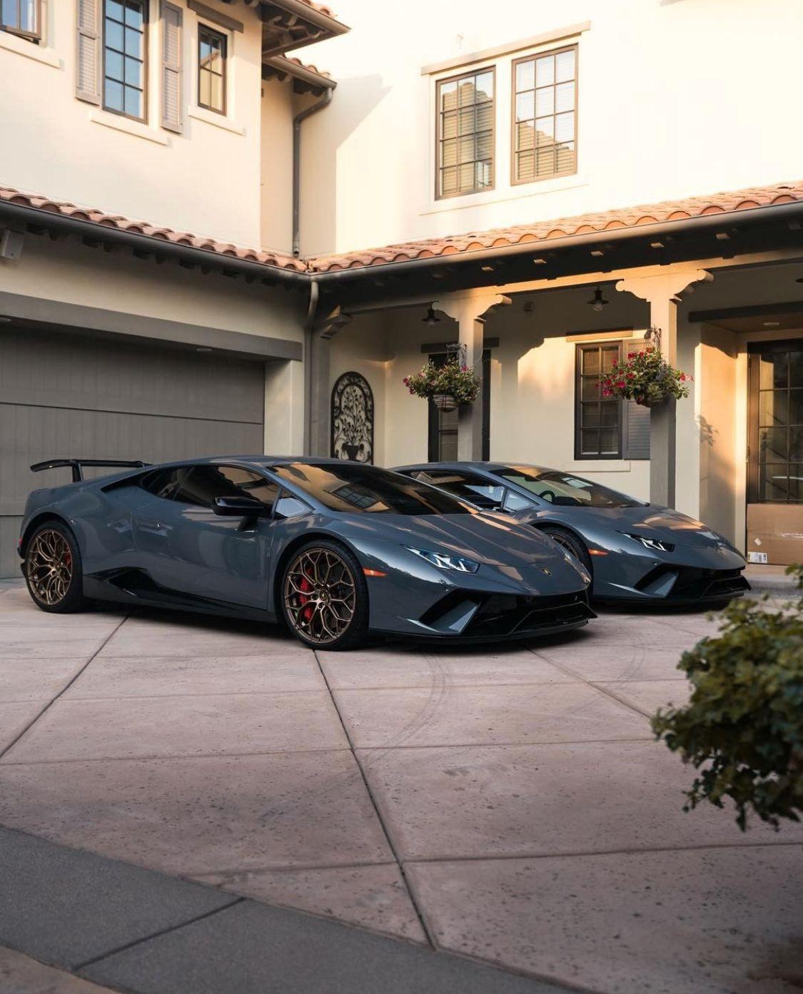 Pin By Nkululeko Mnikathi On My Life Luxury Cars Top Luxury Cars Super Cars