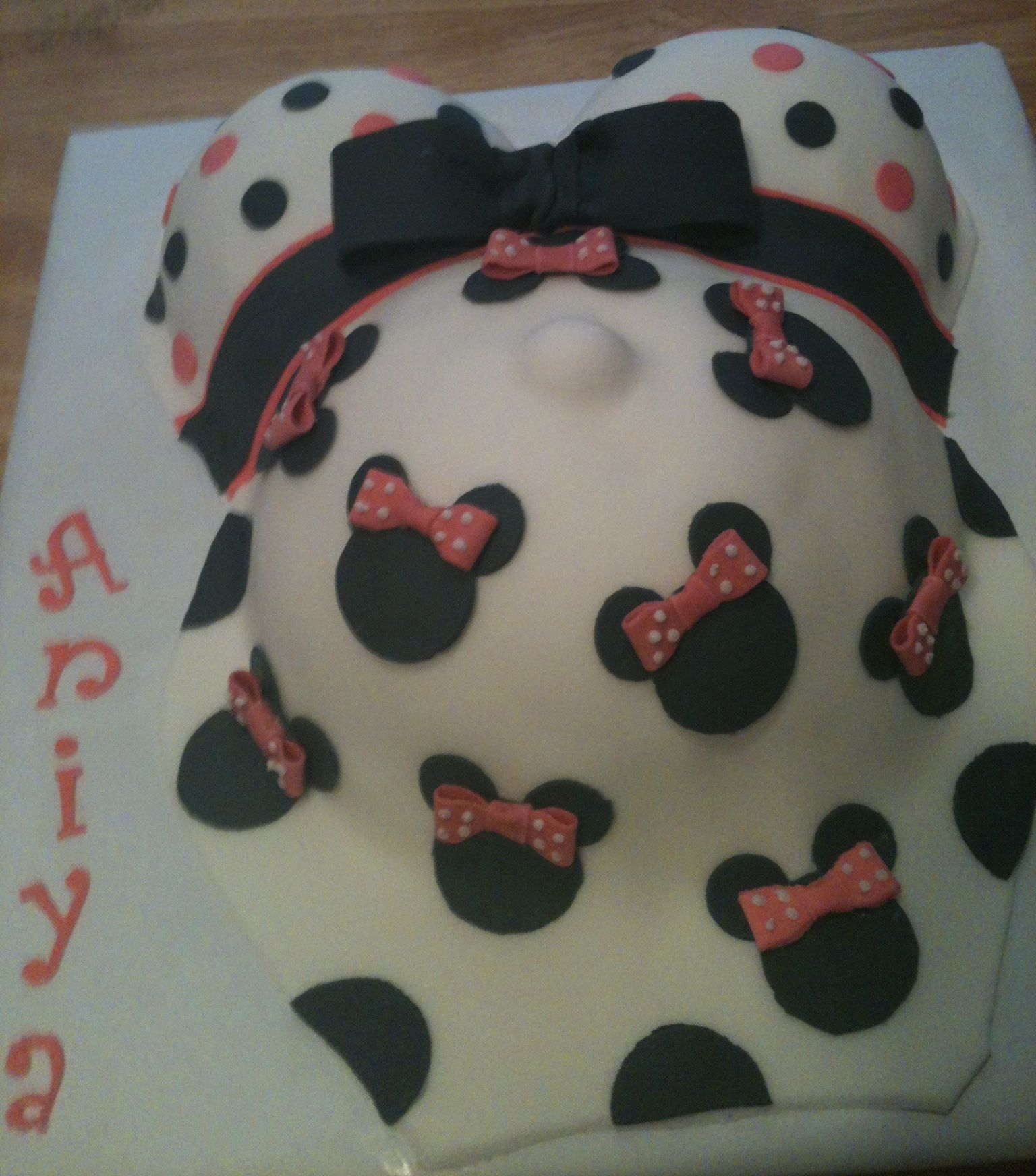 Baby Shower Cakes Minnie Mouse Pregnant Belly Minnie Mouse