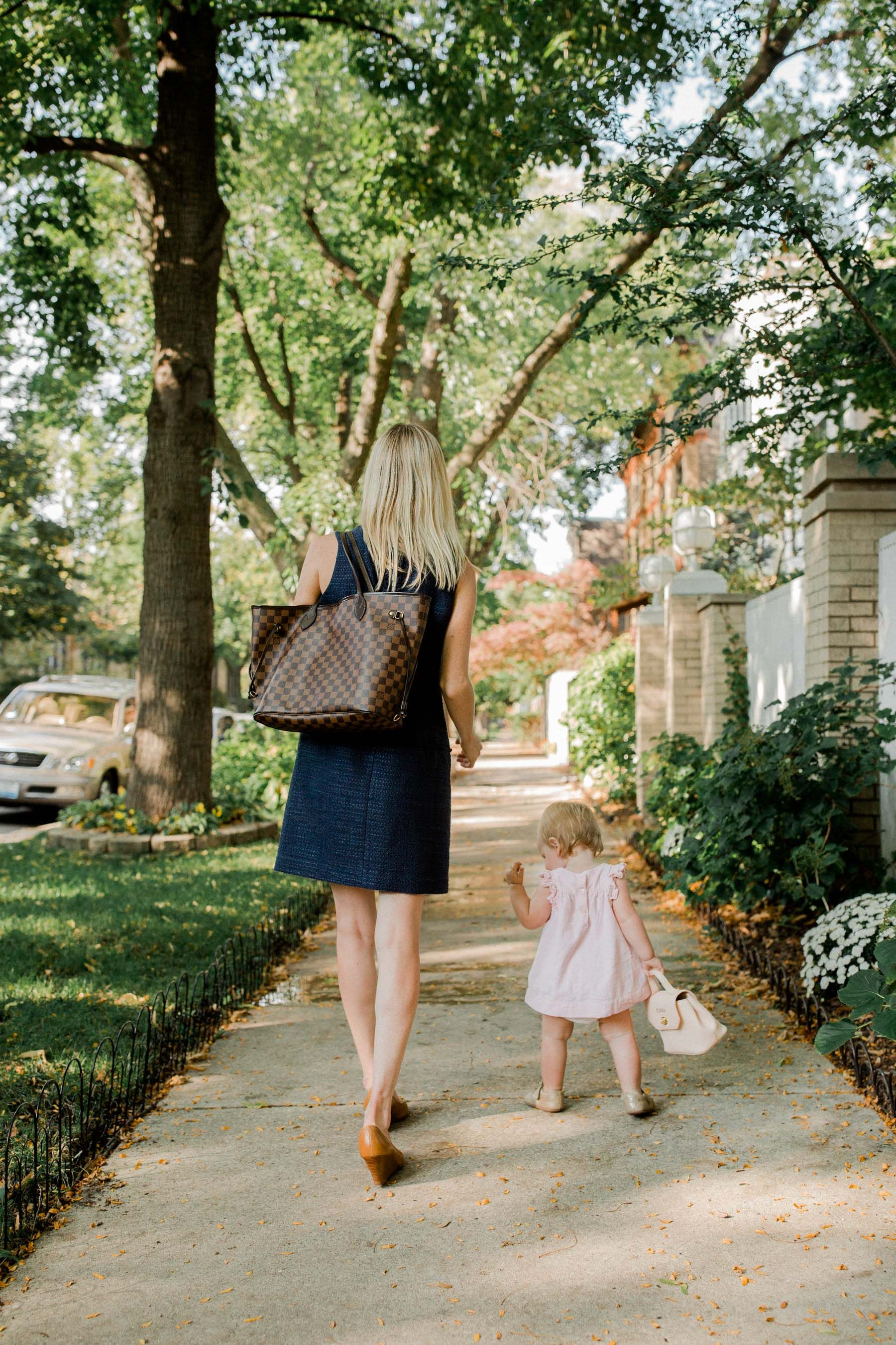 6745087697b Preppy mother and daughter in the fall -- Kellyinthecity.com