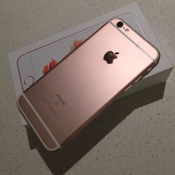 For Sale Rose Gold I Phone 6 And Case For 30 With Images