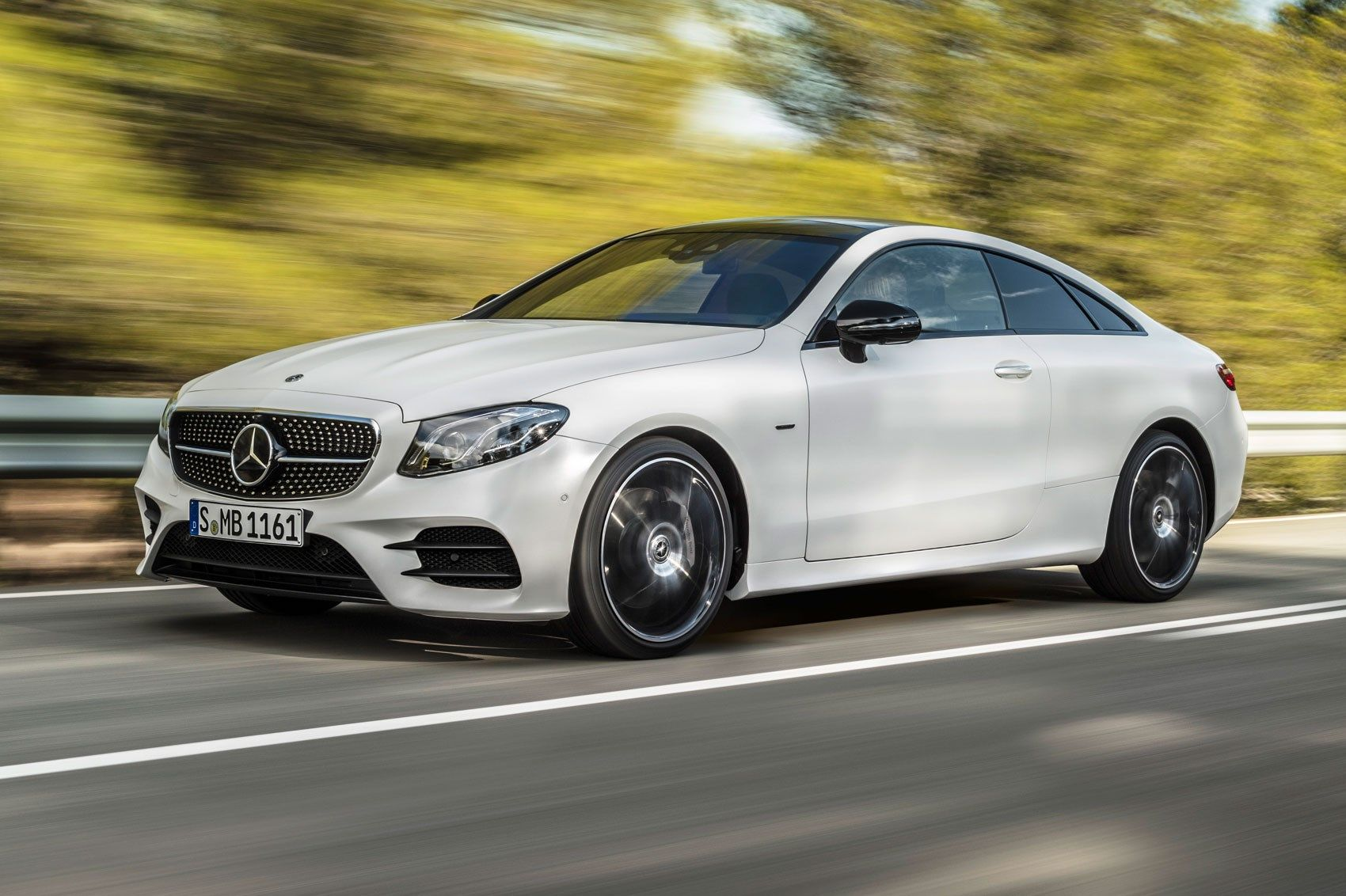 Mercedes E Class Amg 53 Hybrid Engines Arrive This Summer Mercedes E Class Coupe New Model Car Mercedes E Class