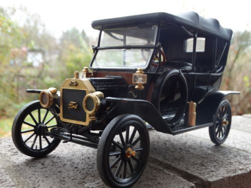 Franklin Mint 1913 Ford Model T Touring Car 1 16 Scale Diecast