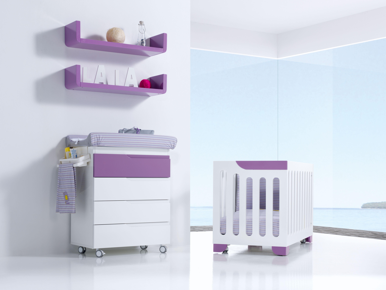 Cuna y bañera infantil EVOLUTIVE color purple para niños y niñas. Un ...