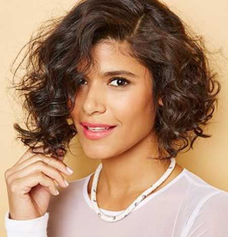 20 Short Cuts for Curly Hair   Latest Bob Hairstyles   Page 5