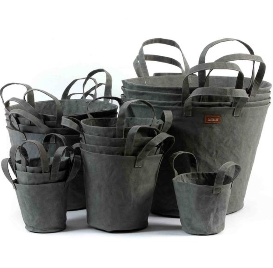 Paniere   Paper basket and Tin buckets