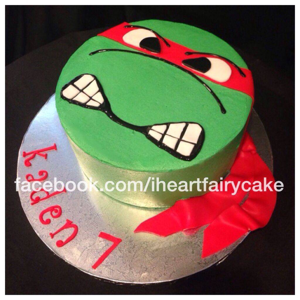 Teenage Mutant Ninja Turtle Raphael birthday cake 8 chocolate with