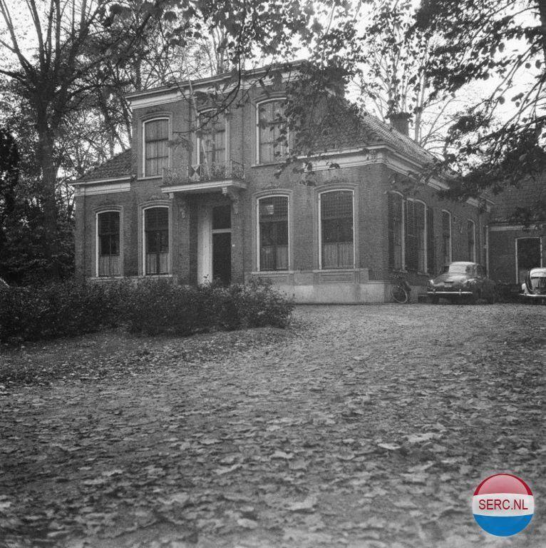 Emmen - Raadhuis Emmen