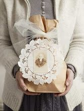Picture this type of gift packaging.. I luv this!
