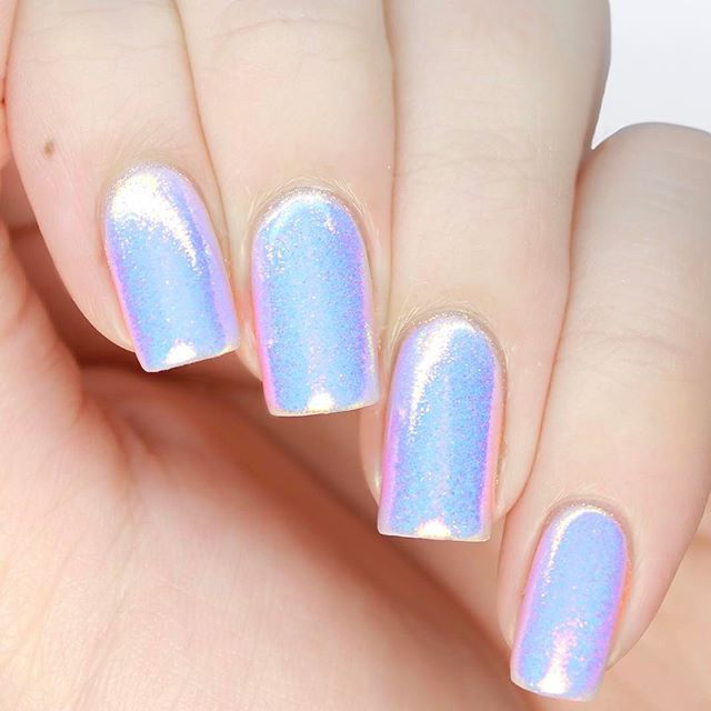 Mermaid Powder Nails This Iridescent Unicorn Skin Manicure Is My Absolute Favourite Right Now Learn How To Get These Gorgeous By Clicking The Link