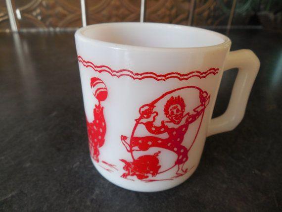 Fun Circus Milk Glass Mug Vintage Hazel Atlas by GinkgoWay on Etsy