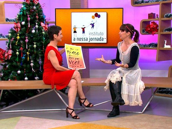 Como será da Globo, Renata Quintella do instituto A Nossa Jornada, vestindo um vestido capa (branco) da Lika. Look casual Lika.  http://redeglobo.globo.com/como-sera/noticia/2015/12/conheca-o-instituto-nossa-jornada.html  #lika #likafashion #vistalika