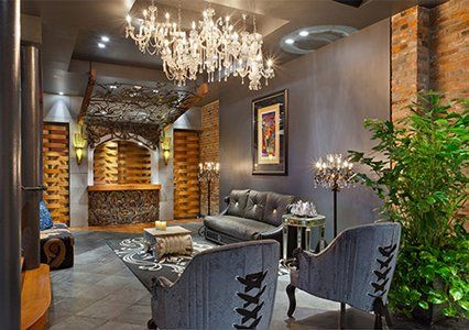 Fill your days with romance, history and eclectic charm at Bluegreen Vacations Club La Pension, an Ascend Resort in New Orleans, LA.