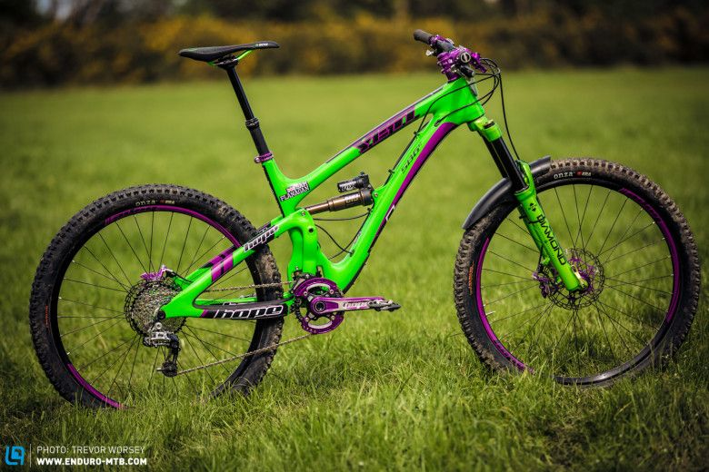 Yeti Sb6c Kitted Out With The Latest Creations From The Hope Team