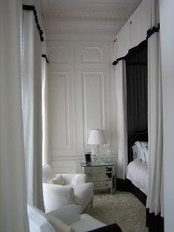 georgianadesign:  Pool house guest room in Jupiter, FL. Bruce Bierman Design.