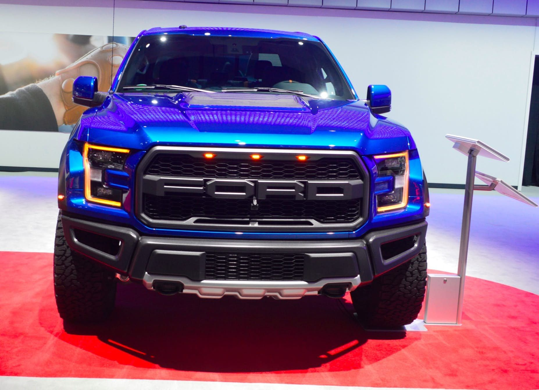 In Photos Suvs Trucks And Vans Of The 2017 La Auto Show Diesel