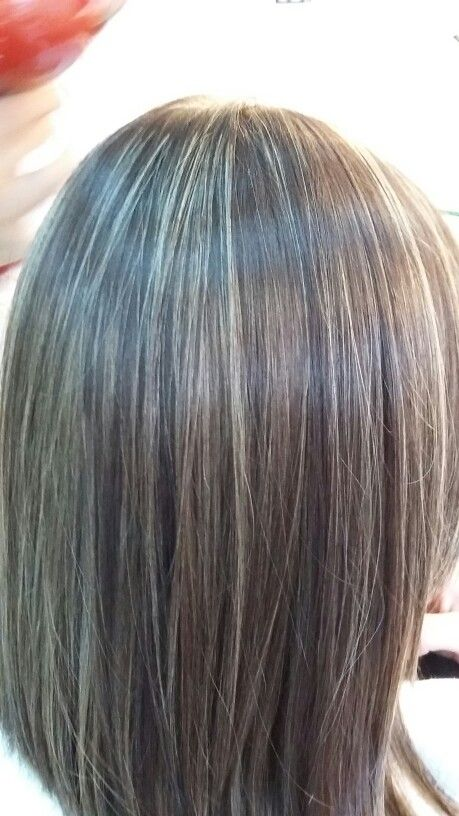 Base Marron Con Mechas Coloracion De Cabello Cabello Mechas