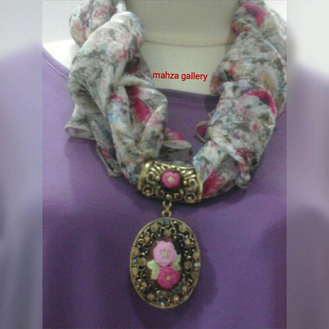 Hand embroidery pendant necklace with scarf #indonesiapunya #mahzagallery