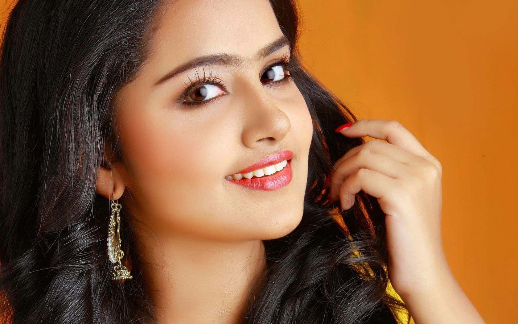 tamil actress Hd Wallpapers And Photos_ JC HD WALLPAPERS ×