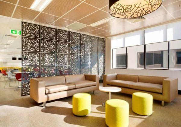 Raumteiler ideen wohnzimmer  Die grüne Trennwand passt perfekt zur