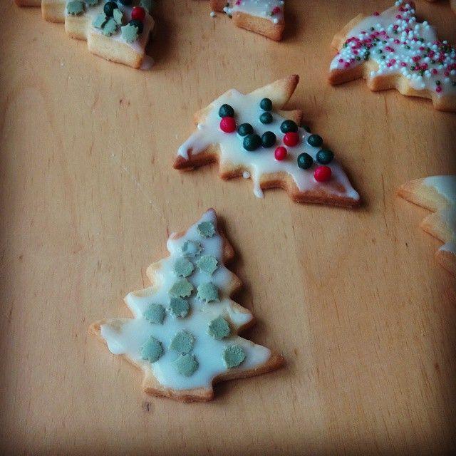 Tannenbaumception XD  #plätzchen #weihnachtsbäckerei #weihnachten #backen #christmascookies #christmas #inception #instafood #instasweets #omnomnom