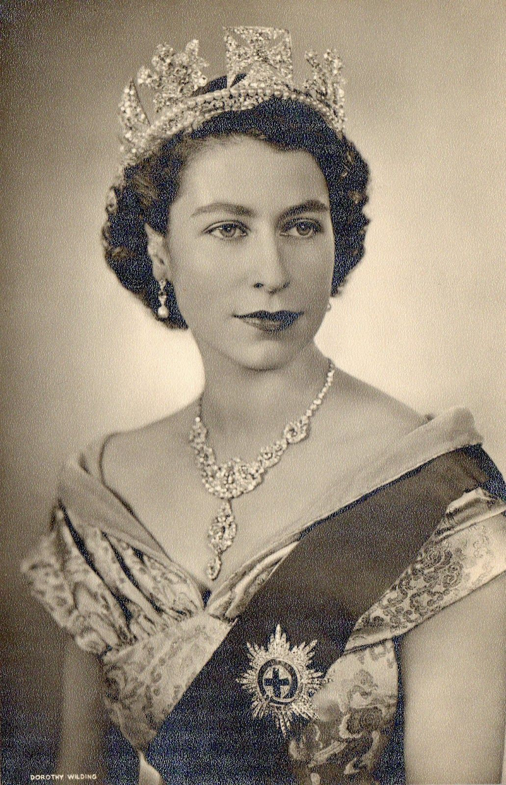 Perhaps the most famous jewellery from the 1950s HM