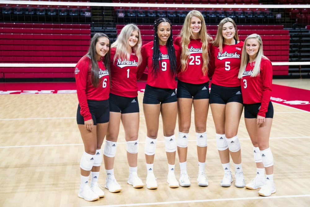 It S Going To Be A Dogfight For The Three Huskers Competing For Nebraska S Libero Spot Husker Female Volleyball Players Volleyball Team Volleyball Pictures