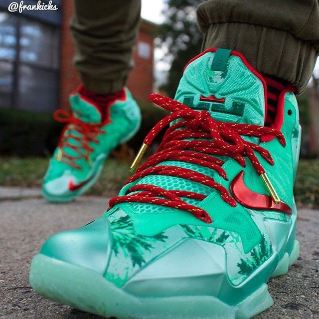 Lebron 11 Christmas With Red Gold Rope Lace Swap Wwwlaceduplaces