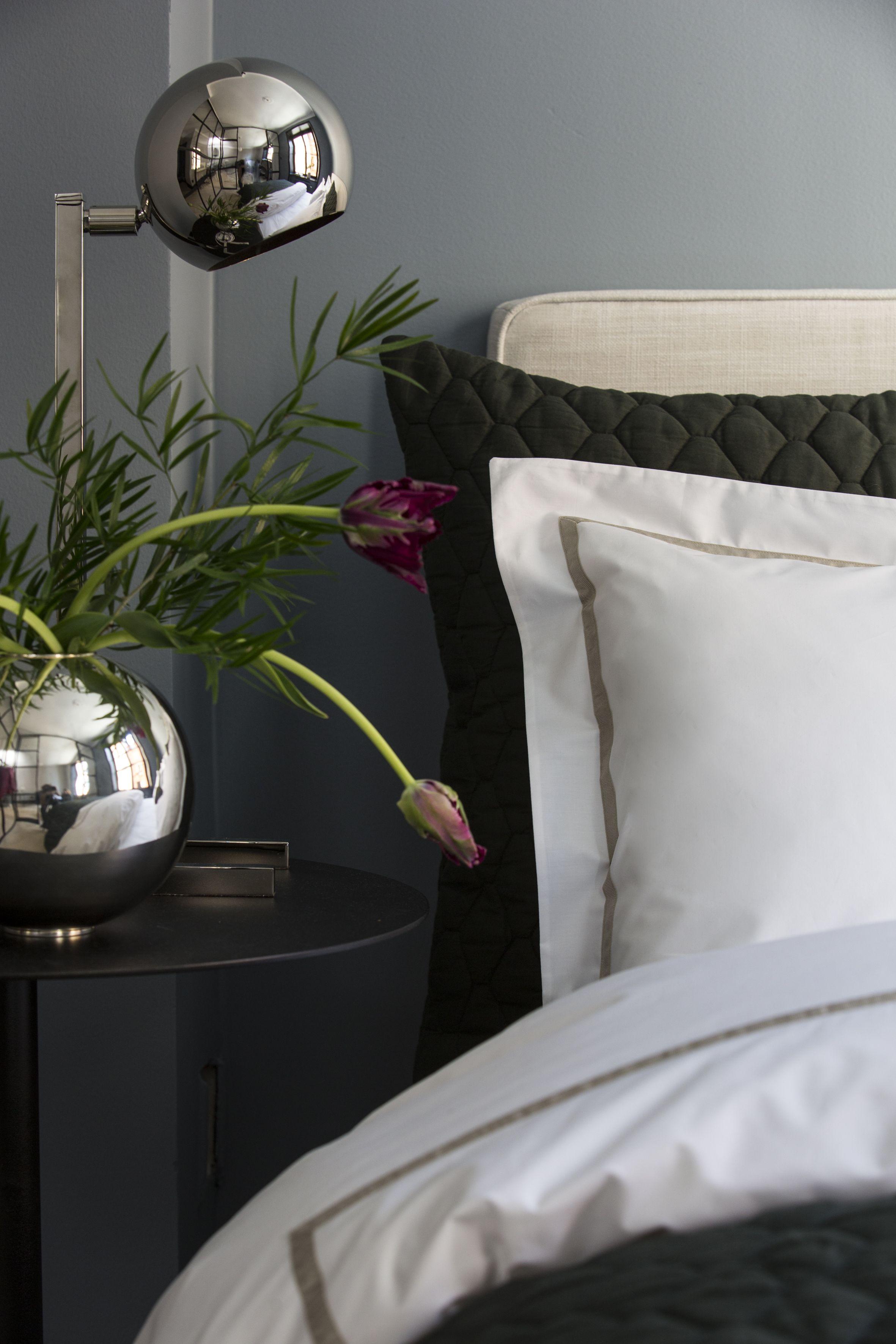 Singolo sand duvet cover and pillowcase bacio green cushion cover
