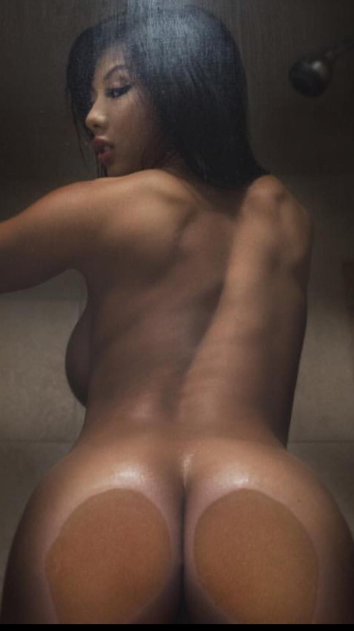 Sexy white lady show off her bbc blow job skills