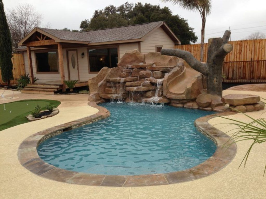 Exterior pleasing garden design with backyard swimming pool