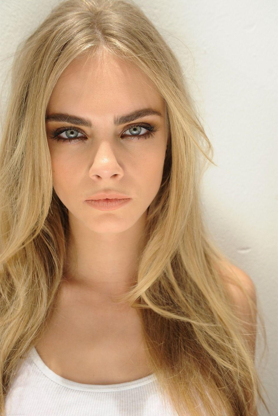 Cara Delevingne Makeup - Google Търсене   Turn your face ...