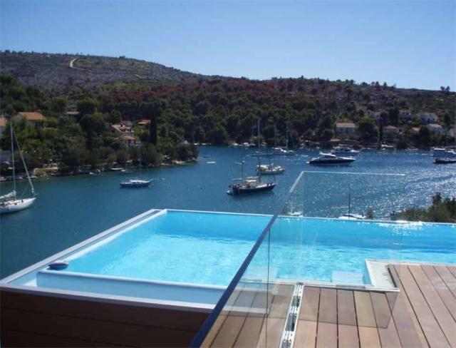 Direkt am Meer gebaute Luxusvilla in Kroatien (mit Bildern