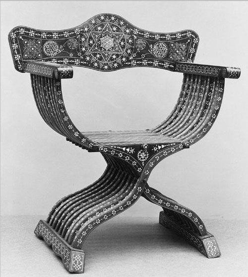 Pin em cadeiras for Mobilia italia