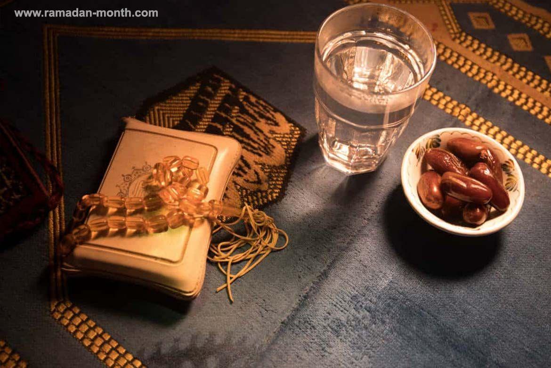 نشارك معكم أفضل الأدعية قبل و بعد الافطار في شهر رمضان الكريم والتي يستحب الدعاء بها ساعة الإفطار فهي ساعة من ساعات إستجابة الدعاء Ramadan
