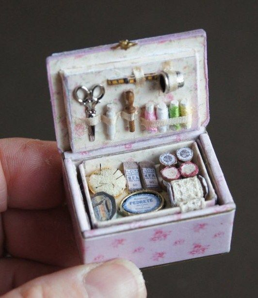 Dollhouse Miniatures Diy Tutorials: Dollhouse Craft/Sewing Rooms