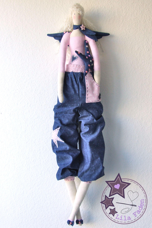 Tilda Engel Celine Mit Lässiger Jeans Pumphose Und Stern Natürlich