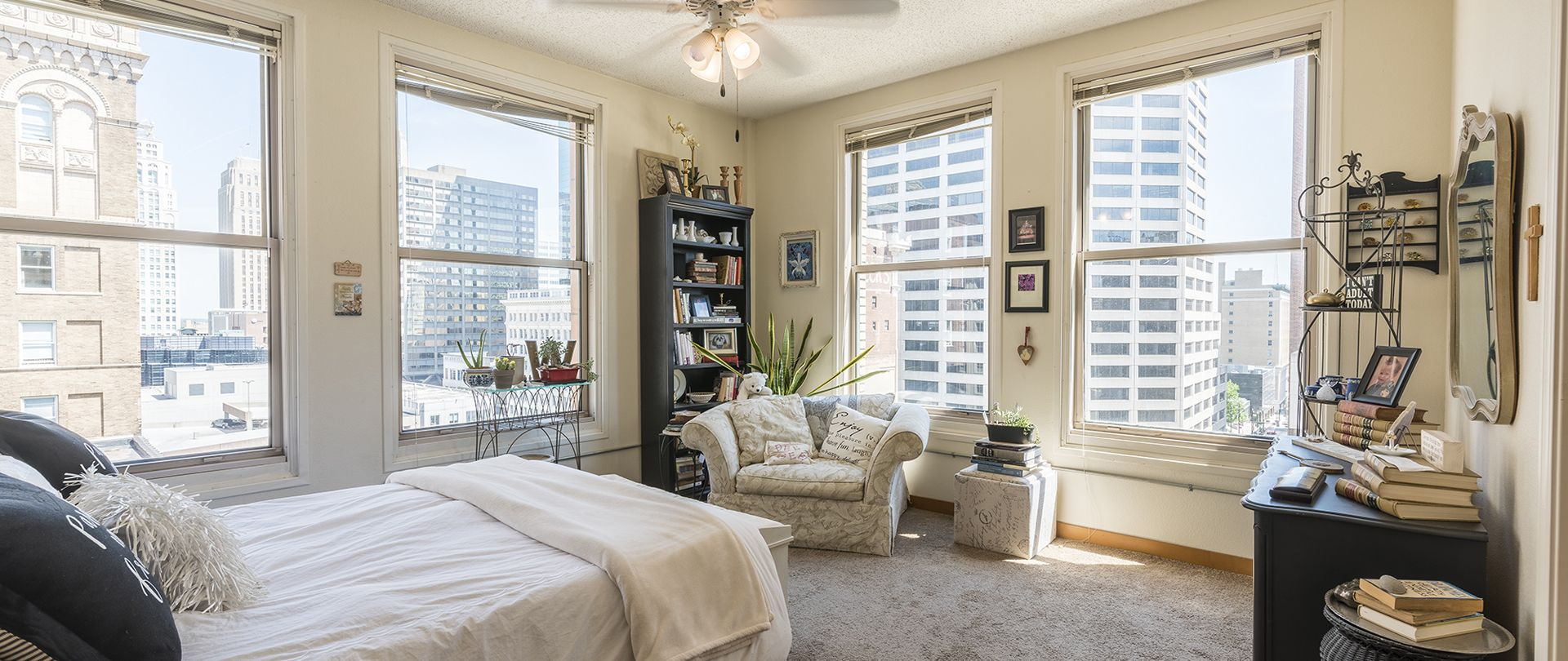 Library Lofts Kansas City Lofts Condos And Apartments Kcloftcentral Apartment Loft Loft Apartment