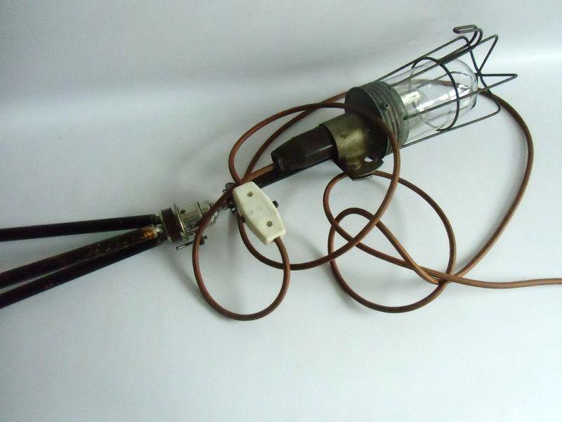 Vintage Stehlampen - Stativlampe...Tripod Stehlampe - Baulampe - ein Designerstück von MaDuett bei DaWanda