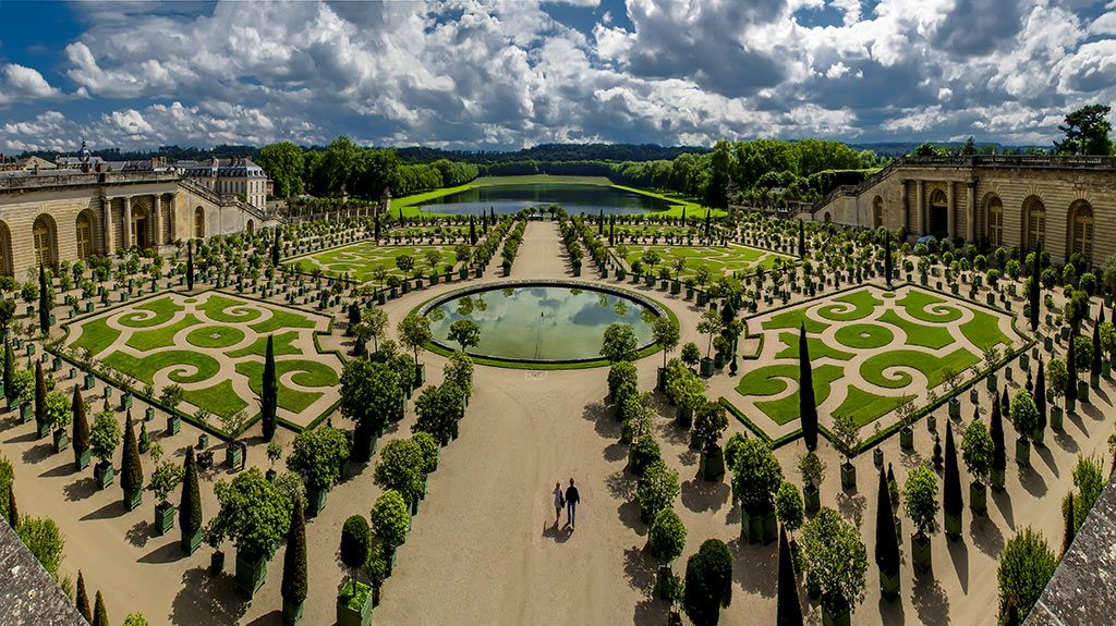 André Le Nôtre and the Gardens of Versailles Versailles